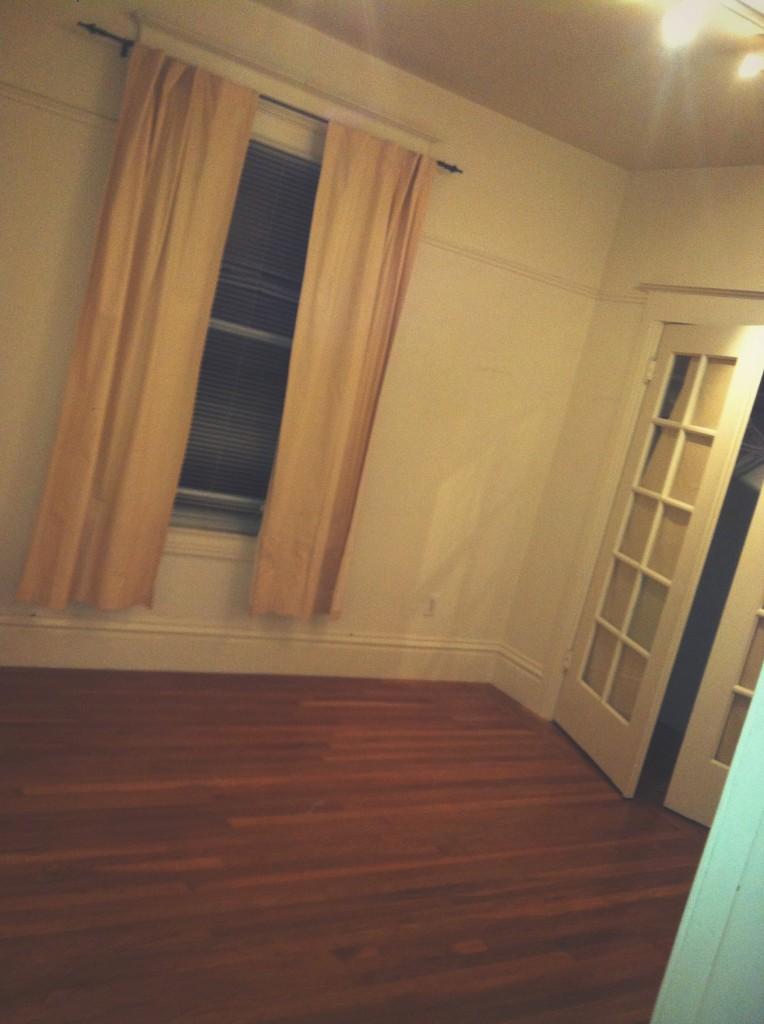 larkin st room